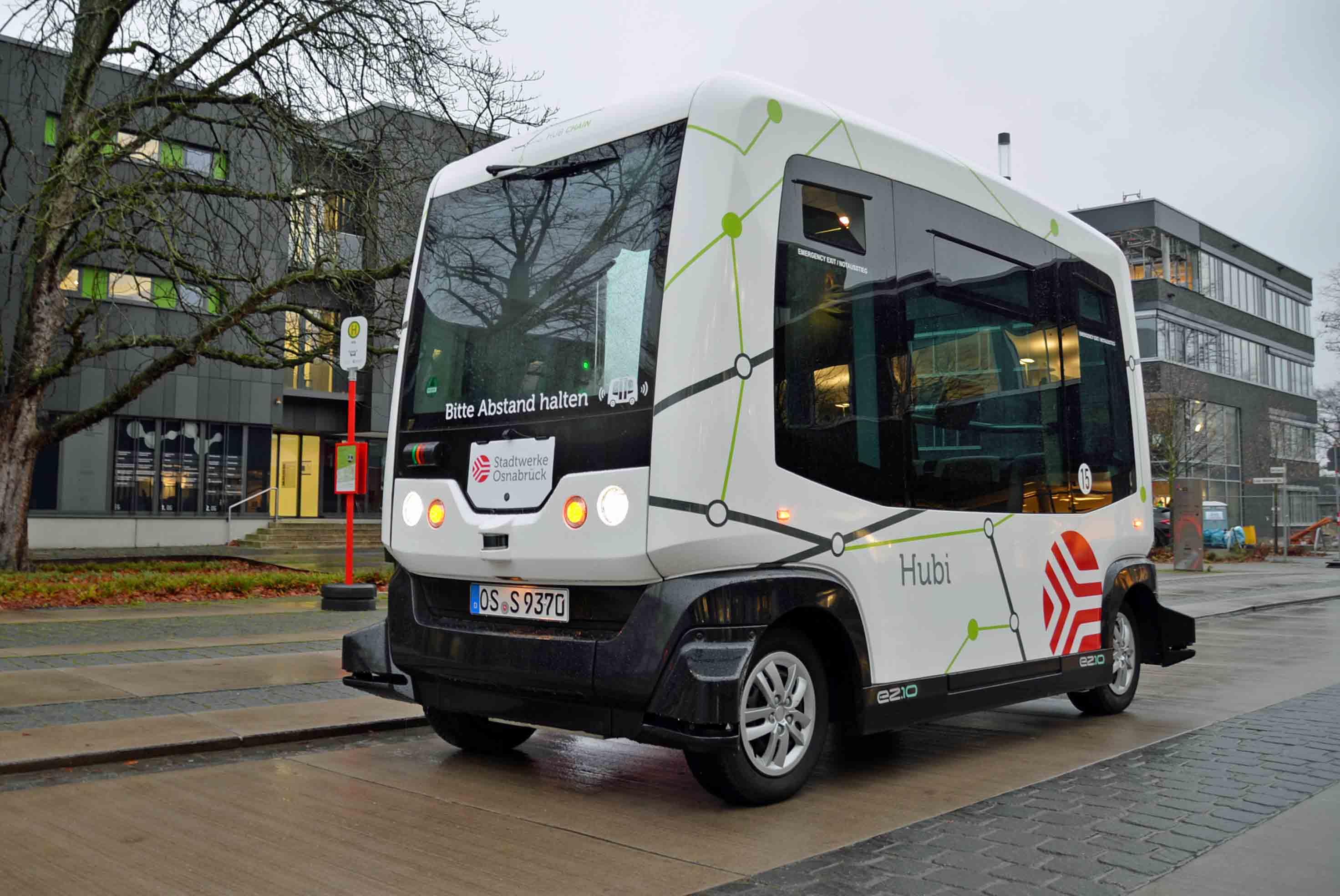 Der autonome Bus Hubi fährt im Testbetrieb in Osnabrück