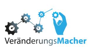 Logo der Weiterbildungsmaßnahme Veränderungsmacher mit Hand und Zahnrädern.