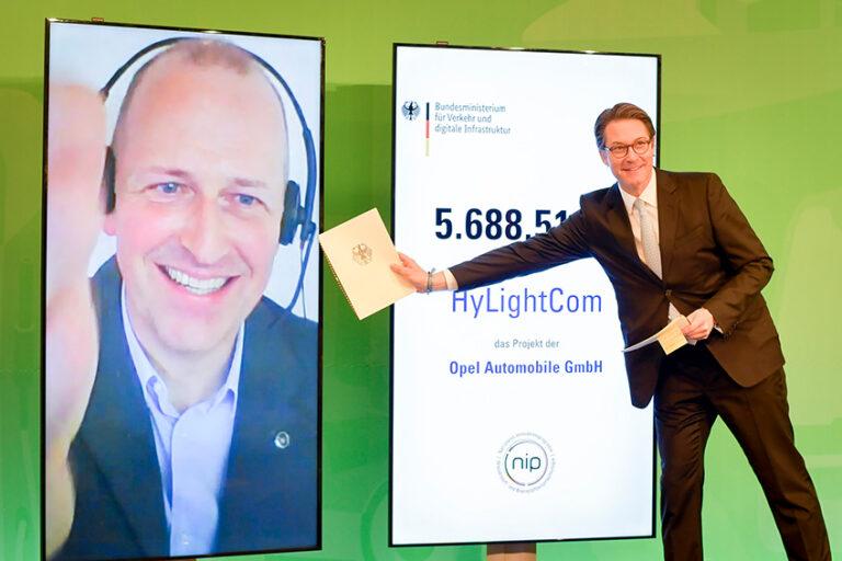 Bundesverkehrsminister Andreas Scheuer bei der ersten deutschen Wasserstoffvollversammlung